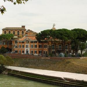 أفضل 5 مستشفيات فى روما