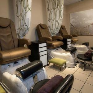 Salon Leau and Le Spa